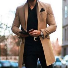 ISO men's camel too coat Camel Coat Men, Mens Wool Trench Coat, Winter Trench Coat, Winter Coats, Long Jackets, Outerwear Jackets, Herren Winter, Moda Masculina, Cars