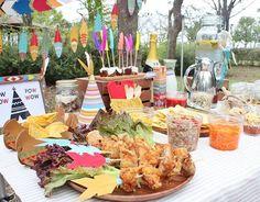 . #秋のおしゃピク テーマは#インディアン   #おしゃピク には テーマの設定 が大切♪  いつもの#からあげ も 矢に刺せばインディアン風  Pow❗Wow❕Picnic❗Party❕  #パーティースタイリング#パーティーコーディネート#パーティーアイデア#パーティープランナー#パーティー#おしゃれピクニック#ピクニック#ディスプレイ#ネイティブ#インディアンパーティー#手作り#100均#ダイソー#オフノオン#カルディー#トルティーヤ #powwow#powwowparty#partyideas#party#picnic#display#indiansparty#teepee#talkingtables#kitchenkitchen