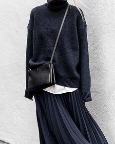 New Brunch Outfit Fall Maxi Skirts Ideas Fashion Job, Black Women Fashion, Look Fashion, Trendy Fashion, Winter Fashion, Fashion Outfits, Fashion Tips, Hijab Fashion, Brown Fashion