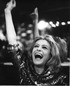 Η Μελίνα που λάτρευε τις κάμερες Melina Mercouri Famous Women, Famous People, Die A, Herbert List, Celebrity Smiles, Greek Culture, Lana Del Ray, Women Figure, Glamour