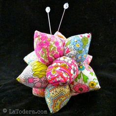 Pincushion Pattern by La Todera. Sea urchin pincushion tutorials and other quilting and kanzashi flower projects patterns for sale at www.latodera.com.