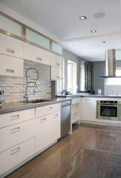 How to revamp the kitchen chairs? Kitchen Dinning Room, Kitchen Cabinets, Kitchen Remodel, Modern Kitchen, Contemporary Kitchen, Modern Kitchen Cabinet Design, Kitchen Dinning, Kitchen Remodel Design, Kitchen Design