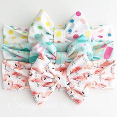 Adorable summer bow headbands from sassybowco.com - ice cream cones, flamingos, colorful dotties