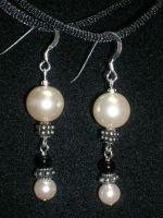 pearl and black dangle earrings