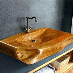 Rustic Log Furniture, Hardwood Furniture, Lavabo Design, Sink Design, Rustic Bathroom Designs, Wooden Bathroom, Tiny Bathrooms, Rustic Bathrooms, Office Interior Design