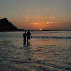 You, me, & the deep blue sea!  A little sunset romance from @RecreoCostaRica! #costarica #honeymoons #crexperts