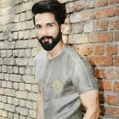 Shahid💙 Mens Hairstyles With Beard, Boys Long Hairstyles, Parmish Verma Beard, Beard Trend, Boys Kurta, Beard Haircut, Beard Boy, Kurta Style, Mens Kurta Designs