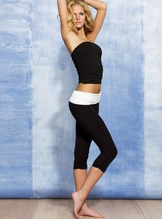VS. Yoga Ruched Foldover Crop Legging. $29.50 black on black