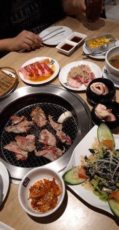 Asian Recipes, Real Food Recipes, Yummy Food, K Food, Love Food, Sleepover Food, Korean Street Food, Snap Food, Food Snapchat
