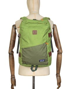 http://www.fatbuddhastore.com/accessories-c12/bag-shop-c65/patagonia-toromiro-22l-backpack-supply-green-p14698