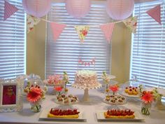 sweet vintage 1st birthday