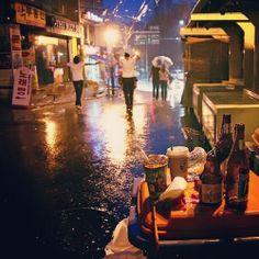 비오는 날 홍대에서
