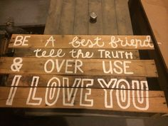 Pallet sign for wedding