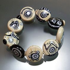Pretty!  Melanie Moertel Lampwork Beads: sandstone
