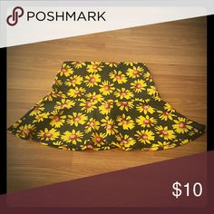 High-waisted Skater Skirt NWOT Yellow and black floral print skirt. Open to offers. Skirts Circle & Skater