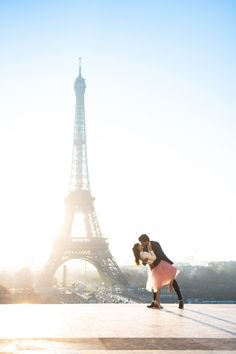 Couple kissing at the Eiffel Tower. Paris Photographer | Photoshoot in paris | paris photography | paris solo photographer | paris | paris photoshoots | paris photoshop eiffel tower | paris photoshoot ideas. #parsianphotographer #bestparsianphotographer #parisphotographer #parisphotographers #photographerinparis #photographersparis #bestparisphotographer #photosessioninparis #photosessioninparis #parisphotosession #parisphotoshoot #lovethem Eiffel Tower Location, Paris Eiffel Tower, Paris Pictures, Paris Photos, Romantic Photos, Romantic Couples, Paris Photography, Amazing Photography, Photoshoot Inspiration