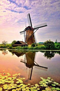 windmill reflection - Pixdaus