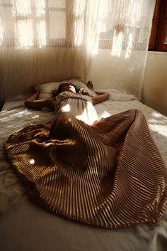 Tearose pleated dress - Dresses - NIDODILEDA