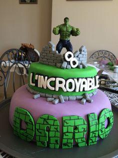 Hulk birthday cake Gâteau d'anniversaire Hulk Superhero Cake, Superhero Birthday Party, Incredible Hulk Party, Hulk Birthday Cakes, Hulk Cakes, Cakes For Boys, Cupcake Cookies, Creations, The Incredibles