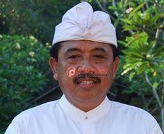 Disbud Badung Imbau Perbaikan Pura Tak Sembarangan - http://denpostnews.com/2017/07/26/disbud-badung-imbau-perbaikan-pura-tak-sembarangan/