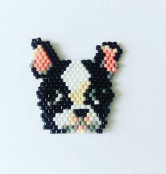 Un petit chien  !  modèle trouvé sur pinterest d un site japonais #jenfiledesperlesetjassume #chien #dog #brickstitch #perlemiyuki #passiondiy #miyukiaddict #picoftheday