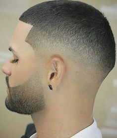Perhaps you are simply tired of your current hairstyle because it is outdated or no longer feels right for some reason. Black Men Haircuts, Modern Haircuts, Beard Haircut, Fade Haircut, Shaving Cut, Hair Toupee, Shaved Hair Designs, Men Hair Color, Faded Hair