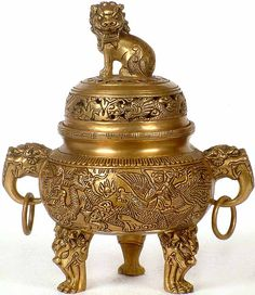 Chinese Incense Burners posted by Sifu Derek Frearson Vases, Incense Holder, Antique Lamps, Indian Home Decor, Incense Burner, Asian Art, Art Decor, Sculptures, Antiques