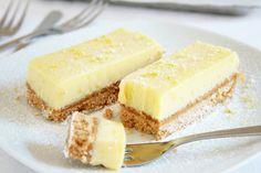 Le barrette fredde al limone sono un dessert semplice da preparare, fresco e perfetto quindi anche in estate. Ecco la ricetta