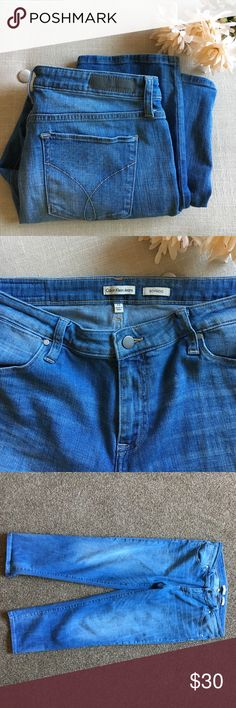 """🆕 Calvin Klein Boyfriend Jeans size 12 These Calvin Klein Boyfriend Jeans size 12 are in excellent condition. Very comfortable and soft. 98% cotton and 2% elastane. Rise is 10"""" and inseam is 24.5"""". These are perfect weekend jeans! Calvin Klein Jeans Jeans Boyfriend"""