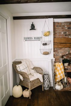 Fall Home Tour // Ways to decorate your home for fall // Fall Decor