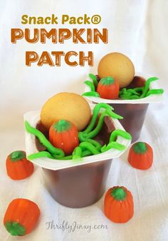 These Pumpkin Patch Snack Pack®  Pudding Treats for Halloween are fun to make and fun to eat!! AD #SpoonfulofFun