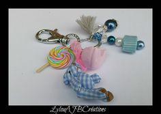 """Bijoux de sacs """"Les Bonbons de notre enfance """" petit ourson tissu vichy : Autres bijoux par lylou-ajb-creations"""