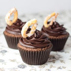 Deliciosos cupcakes de chocolate, para los amantes del chocolate. buttercream de chocolate