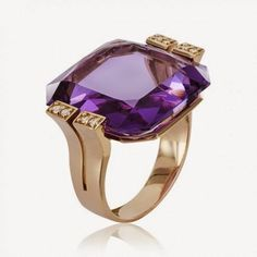 Van Cleef And Arpels Jewelry, Purple Jewelry, Amethyst Jewelry, Bling Bling, Fashion Rings, Fashion Jewelry, Jewelry Photography, Modern Jewelry, Ring Designs