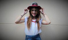 No te tires de los hilos By Patricia Burgos   Blog de moda e inspiración.  Sombrero de Lula Puntadas.