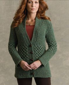 Shakespeare Cardigan in Tahki Yarns Donegal Tweed. Discover more Patterns by Tahki Yarns at LoveKnitting. We stock patterns, yarn, needles and books from all of your favorite brands.