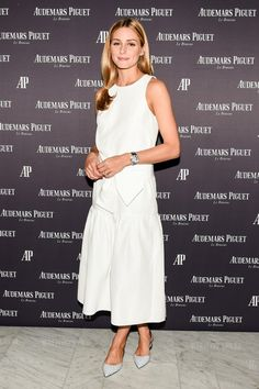 Olivia Palermo's simple all white look