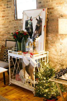 holiday bar cart style #holiday #bar #decor #theeverygirl