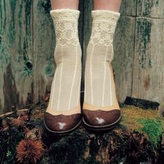 lace ankle socks