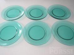 IITTALA VERNA -LASILAUTASET. Got 3x these in green for 2e!! 5.8.2014 Koti, Glass Design, Display, Tableware, Green, Artist, Floor Space, Dinnerware, Billboard