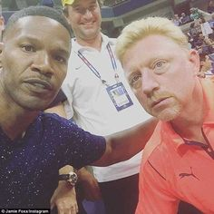 #JamieFox poses for a #selfie with #tennis legend #BorisBecker at the #USOpen