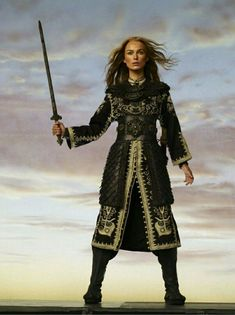 pirates of the caribbean - Keira Knightley as Elizabeth Swann Keira Knightley, Keira Christina Knightley, Pirate Queen, Pirate Woman, Bollywood Party, Bollywood Photos, Johnny Depp, Elisabeth Swan, The Costumer