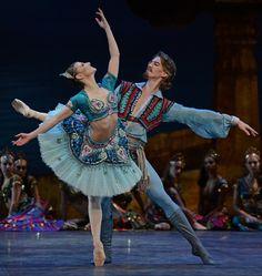 Alina Cojocaru & Vadim Muntagirov  ENB's new production of 'Le Corsaire', premiered at Milton Keynes Theatre, October 2013     see www.dancetabs.com