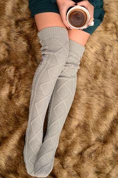 21 Looks with Thigh Highs Socks Cable Knit Socks, Knitting Socks, Sexy Socks, Cute Socks, Thigh High Socks, Thigh Highs, Stockings Legs, Stocking Tights, Tight Leggings