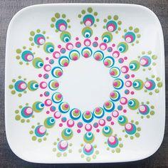 Dot Art Painting, Mandala Painting, Pottery Painting, Mandala Art, Dots Design, Pattern Design, Doodle Background, Hand Painted Mugs, Tablewares