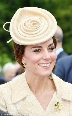 Duchess of Cambridge recycles a TEN-year-old brocade coat at Hillsborough Castle's annual garden party in Northern Ireland | Daily Mail Online