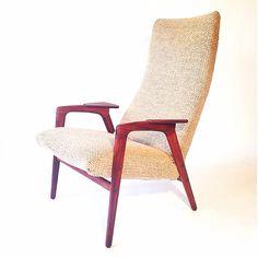 Yngve Ekström PASTOE easychair. Midcentury vintage. Teak frame / Original wool upholstery www.tanteeefdesign.nl #pastoe #YngveEkstrom #vintage #furniture #easychair #loungechair #retro #midcentury #fifties #sixties #jaren50 #jaren60