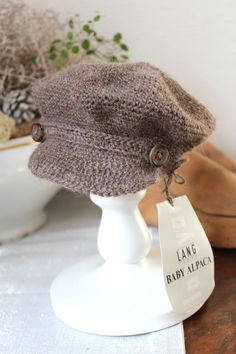 Most up-to-date Pic Crochet Hat diy Ideas It is important to realize various levels of crocheting, like everything else there is certainly a s Bonnet Crochet, Crochet Cap, Crochet Baby Hats, Free Crochet, Poncho Knitting Patterns, Crochet Patterns, Diy Hat, Basic Crochet Stitches, Knitting Accessories