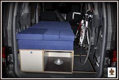 artesanía, madera, muebles de madera, rústicos, camperizaciones, camper, furgonetas, camperizar, cama, camperizar furgoneta, kangoo, partner, trafic