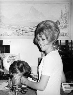 Miss Diane Vernon at Reva's Beauty Shop, Vernal, Utah, 1971